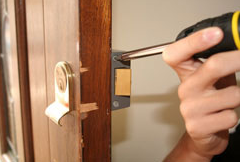 Lock Repair Services And The Professionals Who Provide Them